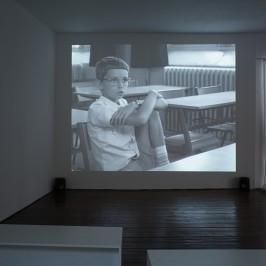 Danièle Huillet et Jean-Marie Straub, En rachâchant, 1982 Film 35 mm, N&B, 7 minutes Courtesy L'Agence du court-métrage, Paris - Photo R. Görgen