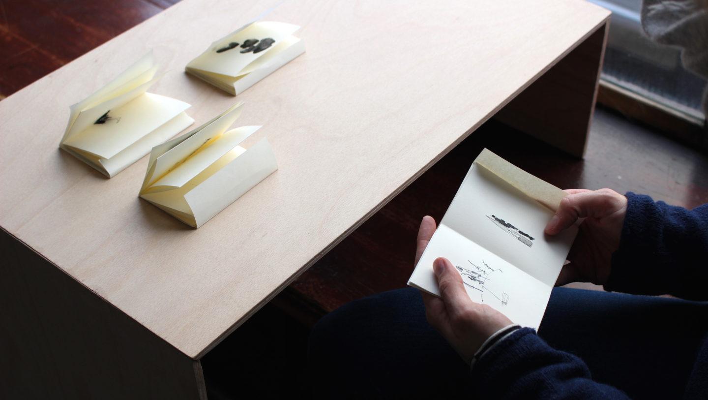 870240373ec98 Vues d'exposition, « EYE CATCH – formes, couleurs et autres stratégies  visuelles ».