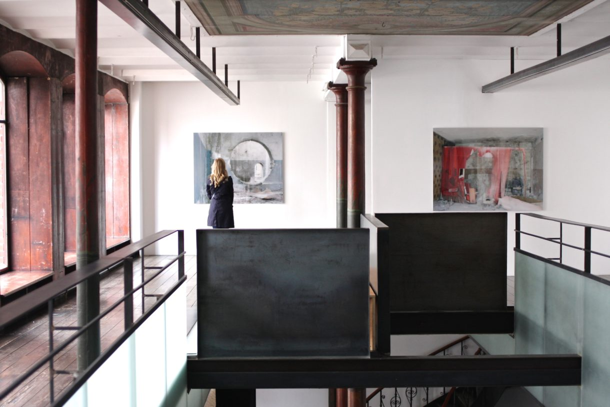 Zeigerlosigkeit, 2017, 150x120cm / Good bye Lenin, 2012, 150x112cm