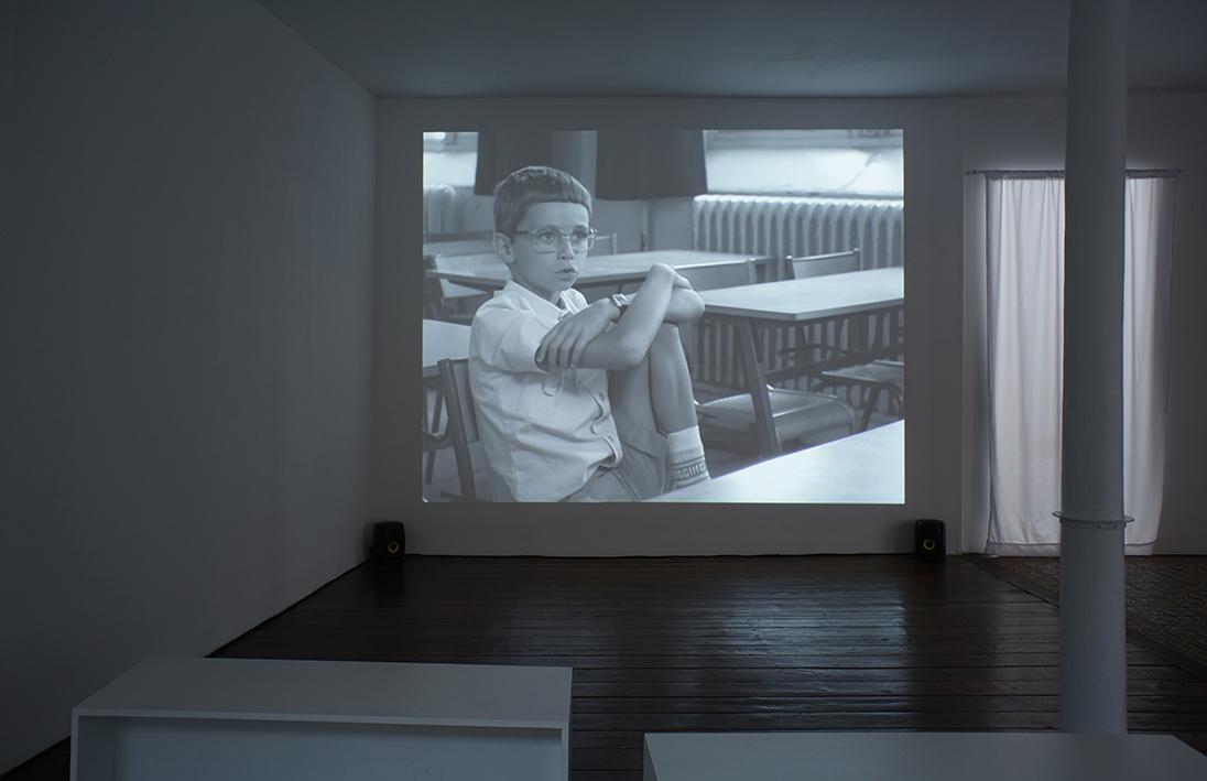Danièle Huillet et Jean-Marie Straub, En rachâchant, 1982 Film 35 mm, N&B, 7 minutes Courtesy L'Agence du court-métrage, Paris – Photo R. Görgen