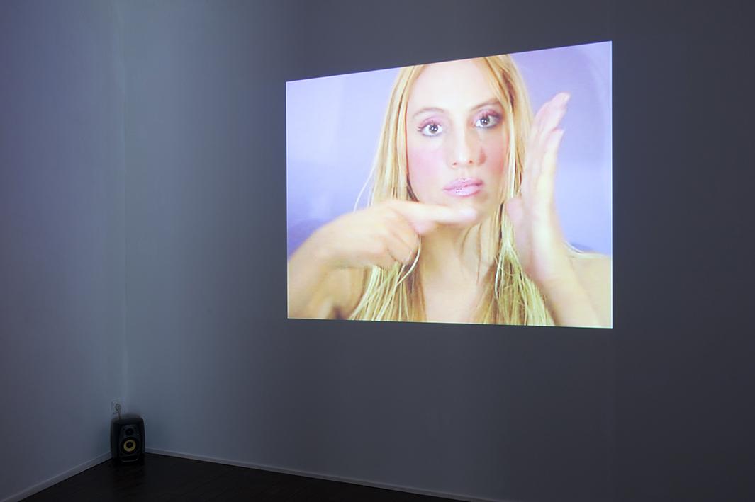 Céline Trouillet – Dance no.3, 2004 – Photo : Klaus Stöber