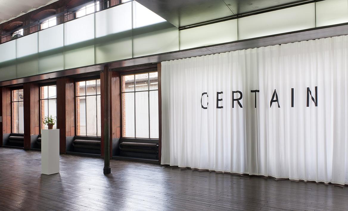 Bethan Huws – Certain, 2003-2012 – Photo : Albrecht Schäfer
