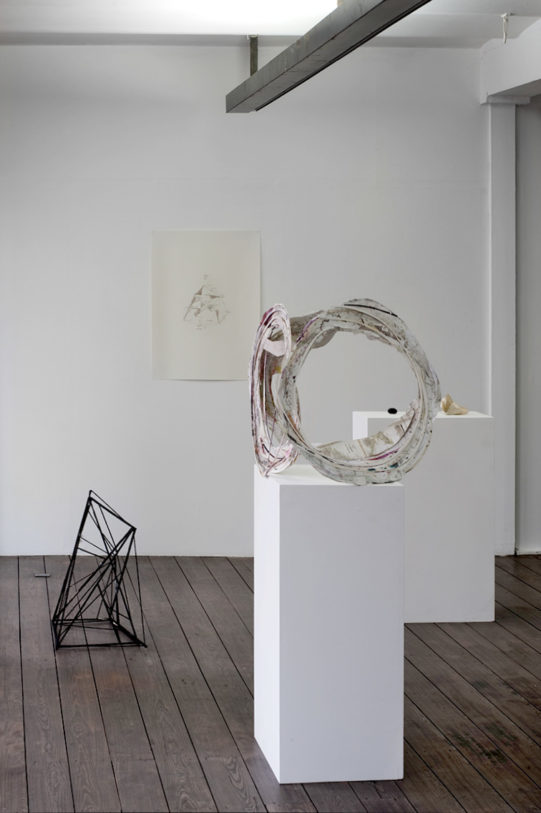 Gernot Wieland – Planeten und Kristalle, 2010 – Courtesy : Galerie Andreas Huber, Vienne – Photo : Klaus Stöber