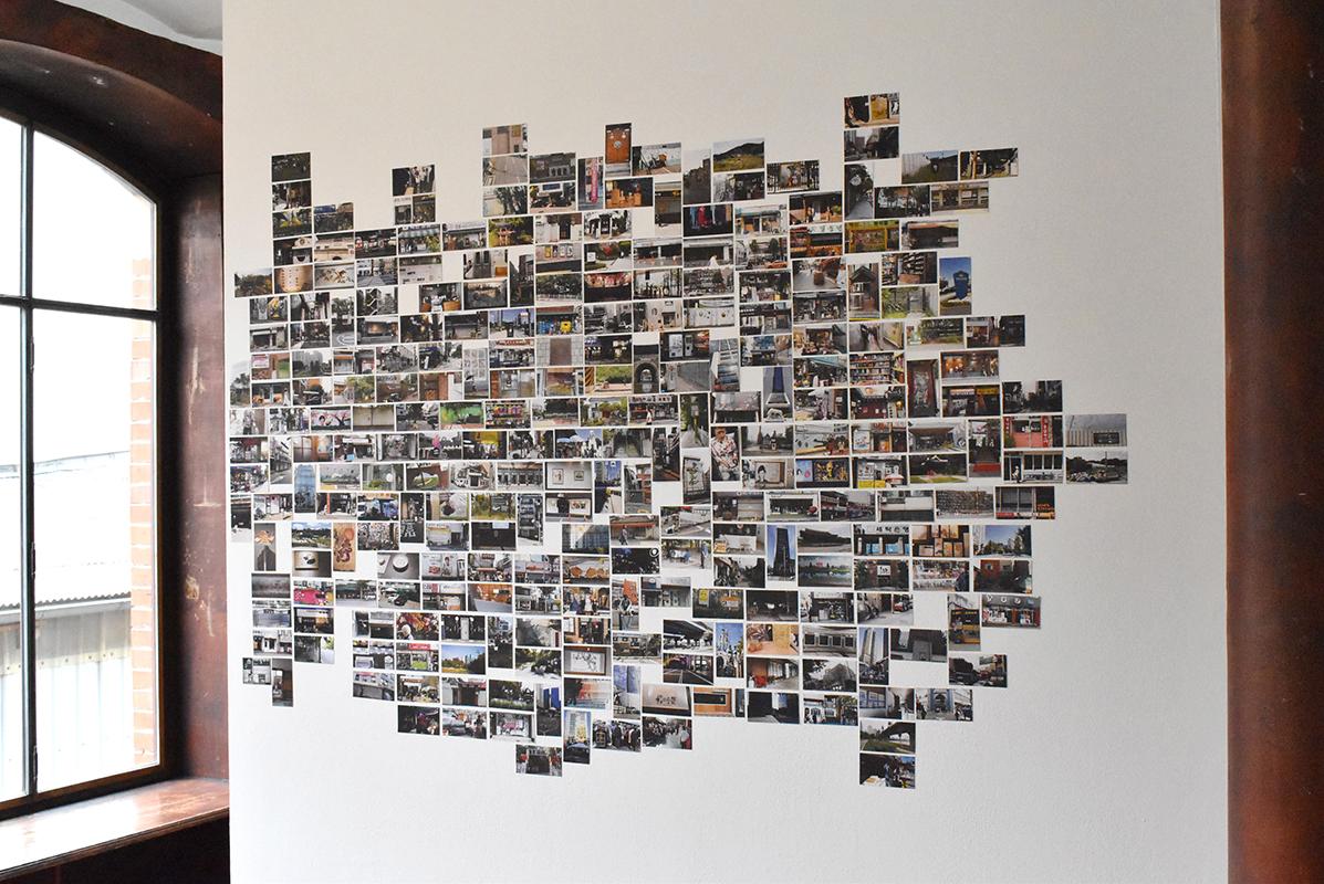 Lepidoptera, mosaïque urbaine de Séoul (Corée du Sud), 485 vignettes photographiques, impression jet d'encre, coupées et collées, 2019