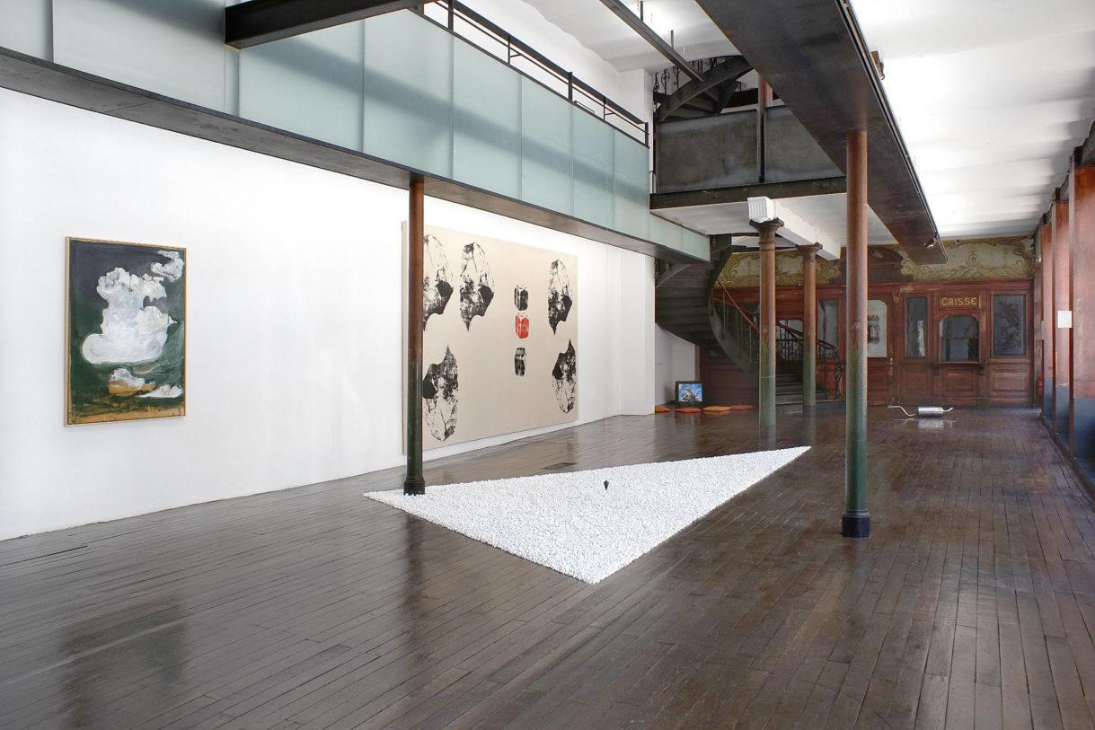 Vue d'exposition, au centre: Bruno Persat, Jardin mathématique d'après Crockett Johnson, 2014 © photo: R. Görgen